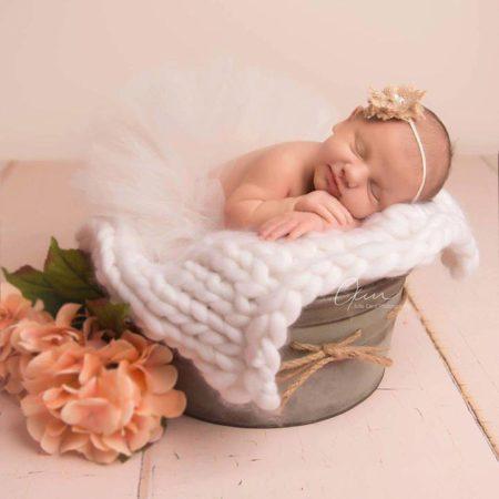 Newborn in Posing Bowl with Cream Wide Wooden Planks Floordrop