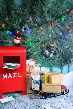 Santa Letters & Mailbox