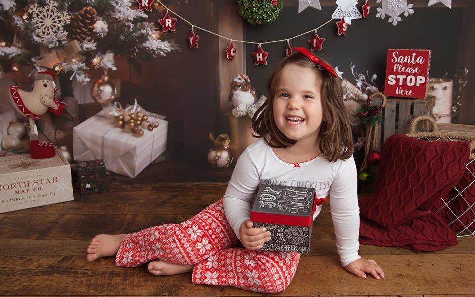 Christmas themed photo shoot with Sharon Verbeek Photography