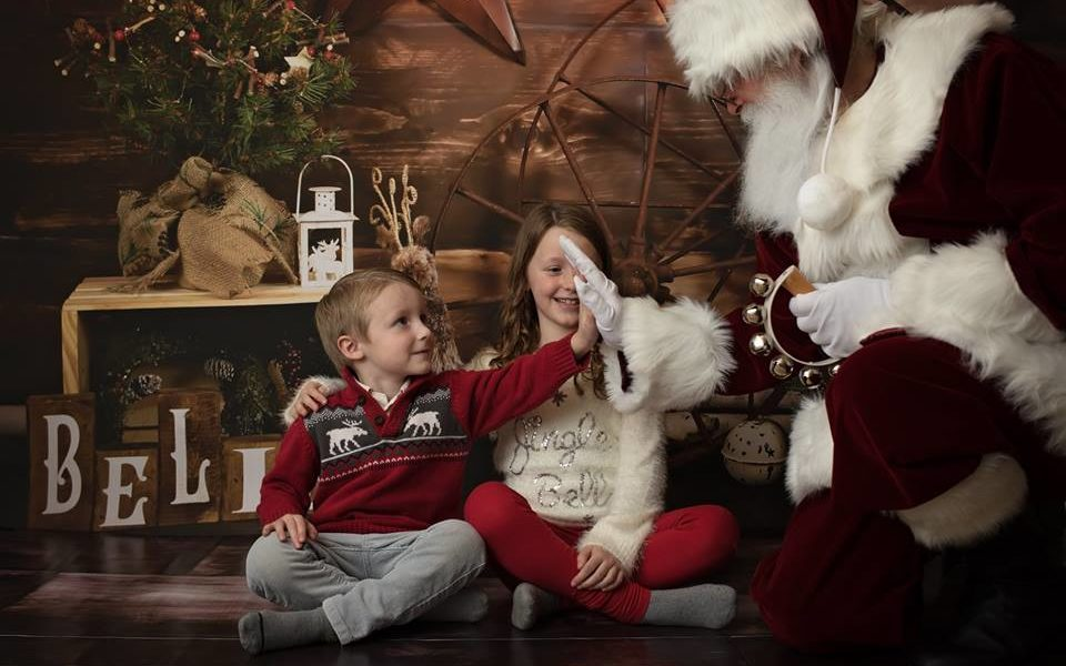 Christmas Mini Session with Santa using Rustic Believe Backdrop