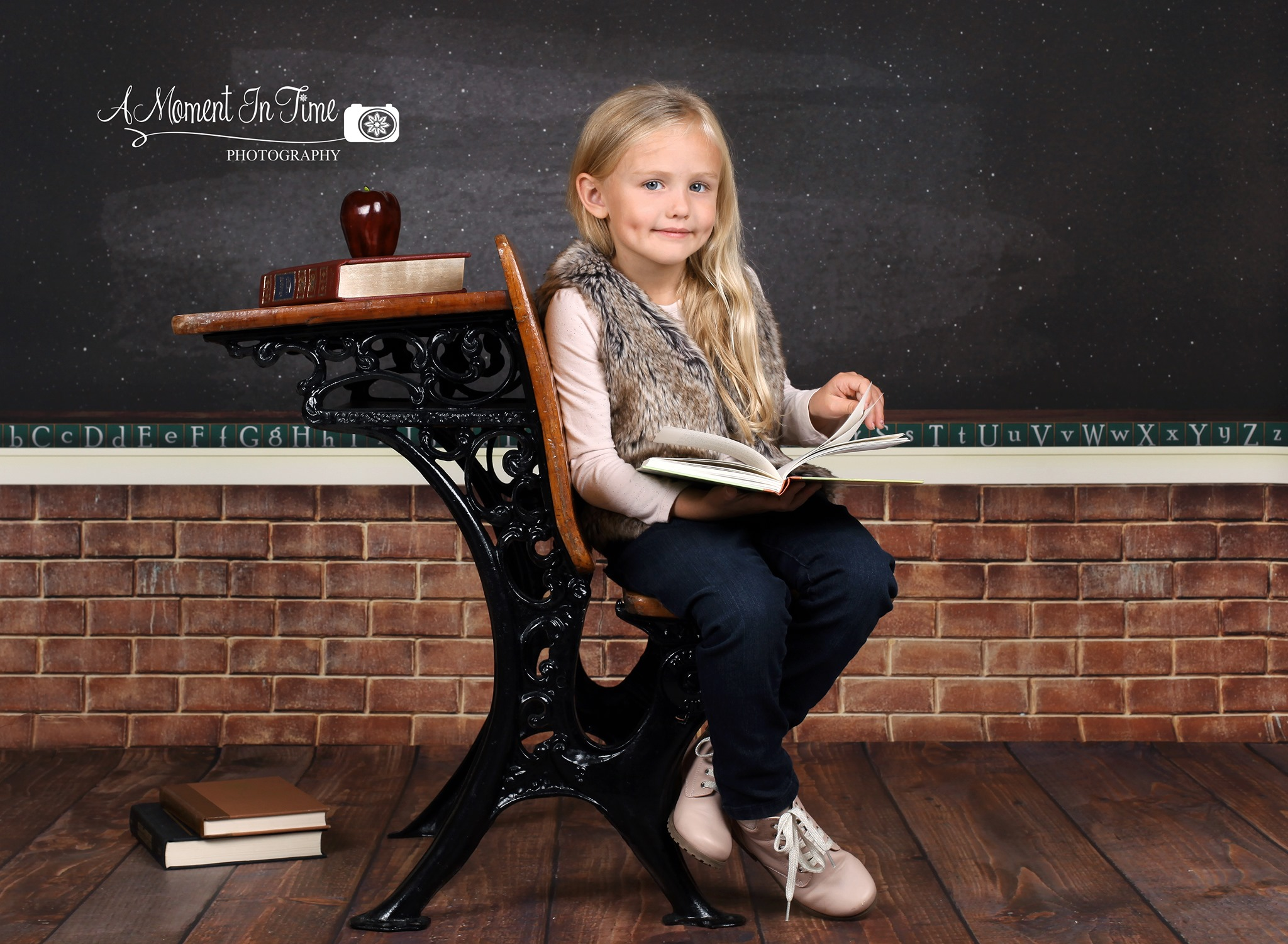 Back to School Photo Session with Young Girl